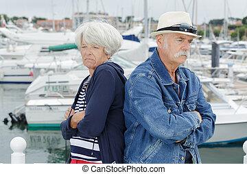 personne agee, désordre, fetes, couple