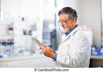 personne agee, doctor/scientist, utilisation, sien,...