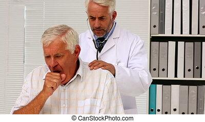 personne agee, examiner, sien, docteur, patient