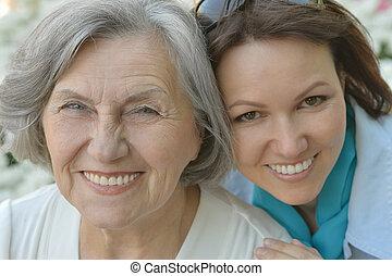personne agee, extérieur, fille, mère