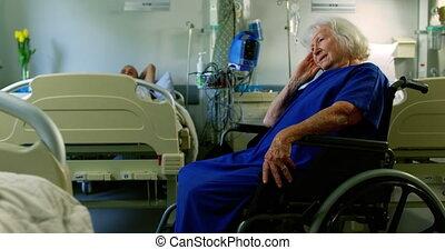 personne agee, fauteuil roulant, patient, 4k, séance
