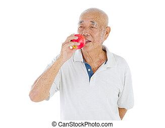 personne agee, homme asiatique