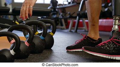 personne agee, levage, 4k, kettlebell, fitness, femme, ...