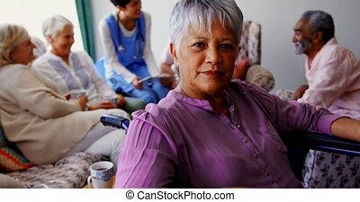 personne agee, maison, actif, africaine, vue, américain, soins, 4k, femme, devant