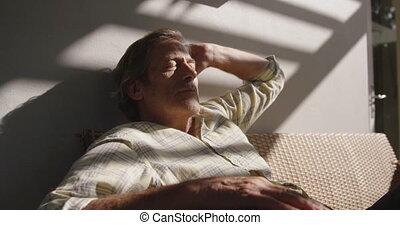 personne agee, maison, homme, dépenser, temps