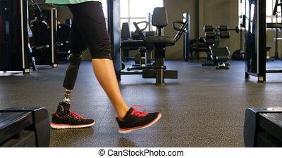personne agee, marche, 4k, femme, fitness, studio