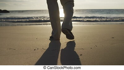 personne agee, marche, vue, homme, arrière, plage
