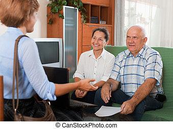 personne agee, ouvrier, couple, social
