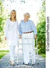 personne agee, patient, clinicien
