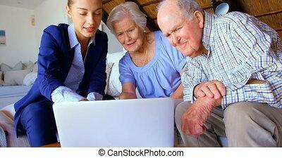 personne agee, propriété, couple, ordinateur portable, sur,...
