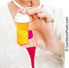 personne agee, tenue, prescription, pilules