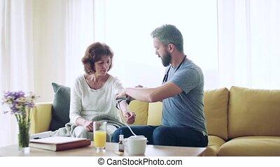 personne agee, visit., pendant, visiteur santé, femme, maison