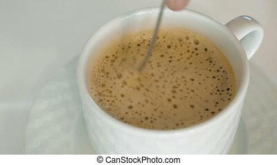 personne, café, mousse, chaud, remuer