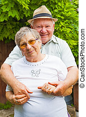 personnes âgées accouplent, amoureux