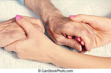 personnes âgées soucient, maison