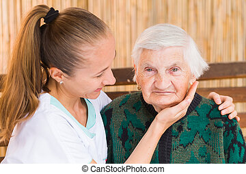personnes âgées soucient