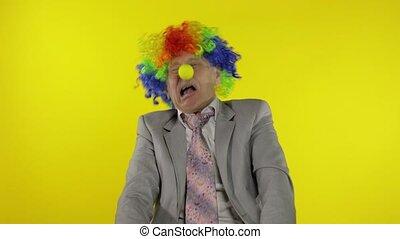 personnes agées, copie, confection, clown, patron, espace, entrepreneur, idiot, homme affaires, faces.