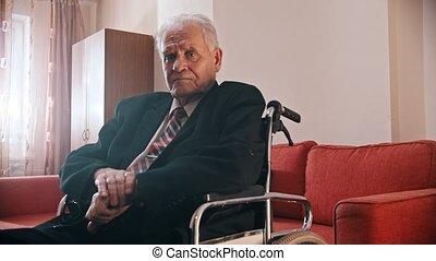personnes agées, fauteuil roulant, séance, appareil photo, grand-père, -, regarder
