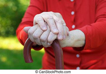 personnes agées, mains