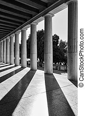 Perspective of classical columns