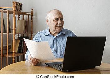 Perturbed worried senior business man