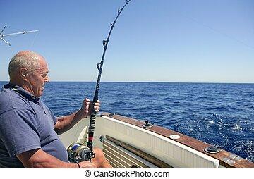 pesca del juego grande, pescador de caña, 3º edad, deporte, barco