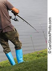 pescador, en, río