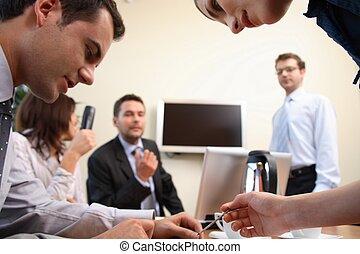 pessoas, ação, brainstorming., escritório negócio