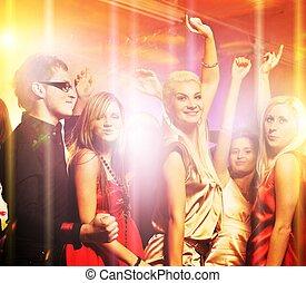 pessoas, dançar, em, a, clube noite