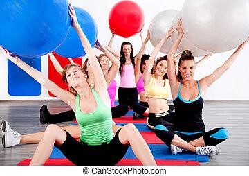 pessoas, fazendo, esticando exercício, com, condicão física,...