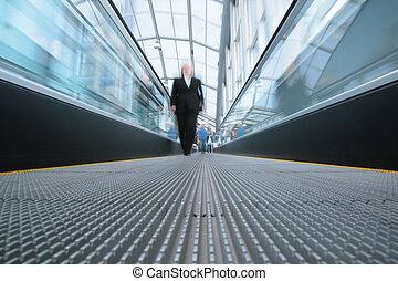 pessoas, ligado, escada rolante