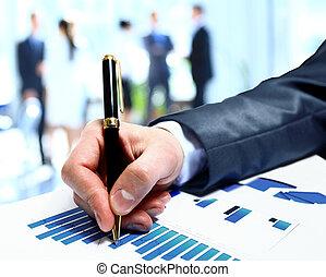 pessoas negócio, trabalho equipe, grupo, durante, conferência, relatório, discutir, financeiro, diagrama