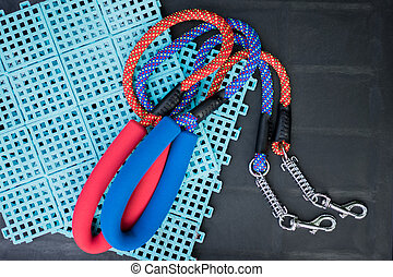 Pet leash with spring and hook for dog