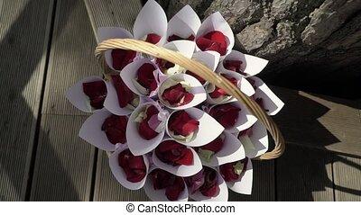 Petals for wedding ceremony - Petals of flowers for wedding...