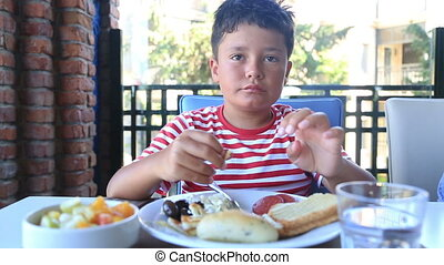 petit déjeuner, avoir, enfant, restaurant