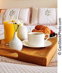 petit déjeuner, sur, a, lit, dans, a, chambre hôtel