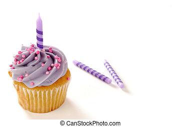petit gâteau, à, bougie anniversaire