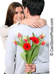 petite amie, surprise, fleurs, sien, homme