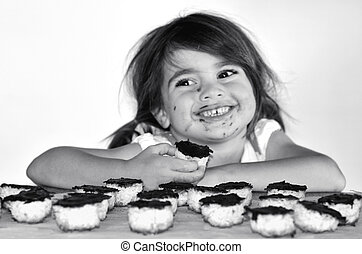 petite fille, biscuits, chocolat, attrapé, manger, obtenir