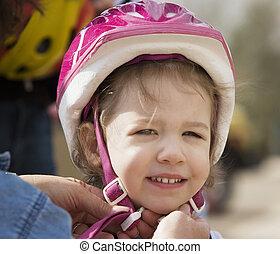 petite fille, dans, a, casque bicyclette