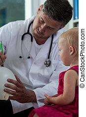 petite fille, et, elle, pédiatre