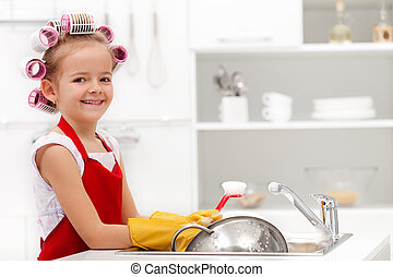 petite fille, houskeeping