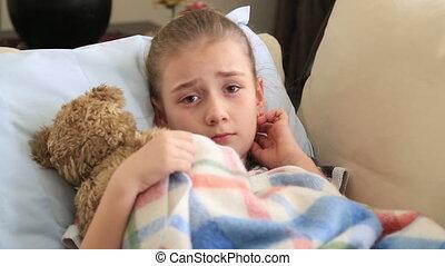 petite fille, malade