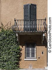petite italie, villa, orange, caché, ferrara, jardin