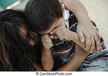 petite soeur, frère, mauvais, pauvreté, sale, condition