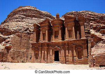Petra, Jordan - Famous site of Petra treasury in Jordan