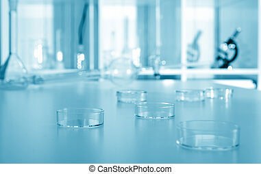 petri dish in laboratory.