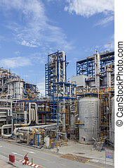 Petrochemical plant wit blue sky - Big structure of ...