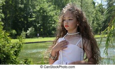 peu, autour de, elle, perles, girl, cou
