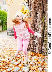 peu, avoir, automne, dehors, amusement, girl, adorable, jour, gentil